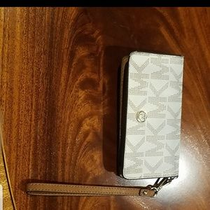 Michael Kors gray/white wallet with a phone holder